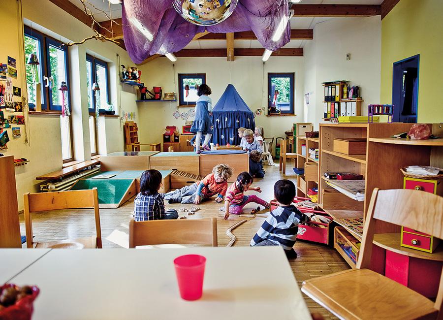blaue gruppe 2 bis 6 jahre f r uns p nz e v. Black Bedroom Furniture Sets. Home Design Ideas